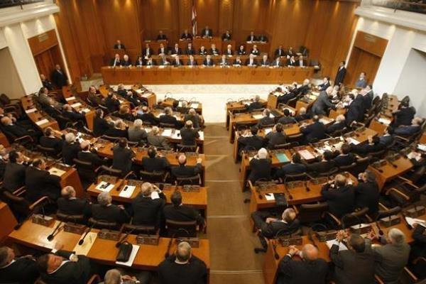 به تأخیر افتادن رایزنی های مجلس لبنان درباره نخست وزیر جدید