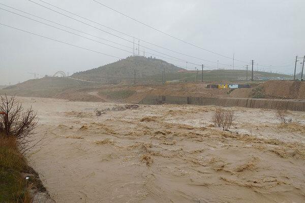 کوشش رودخانه بشار برای بازپس گیری حریم طبیعی خود