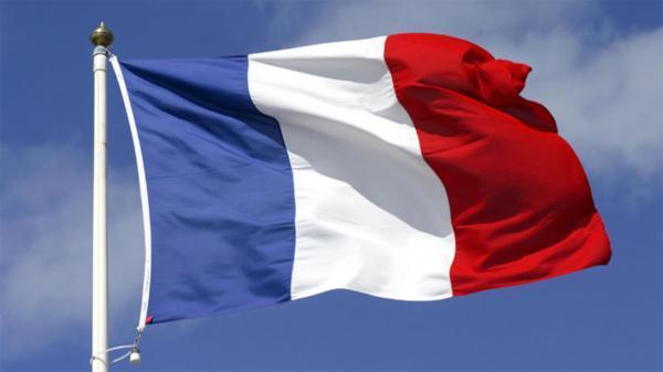 فراخوانده شدن سفیران فرانسه در آمریکا و استرالیا در پی اعتراض به همکاری زیرسطحی این دو کشور
